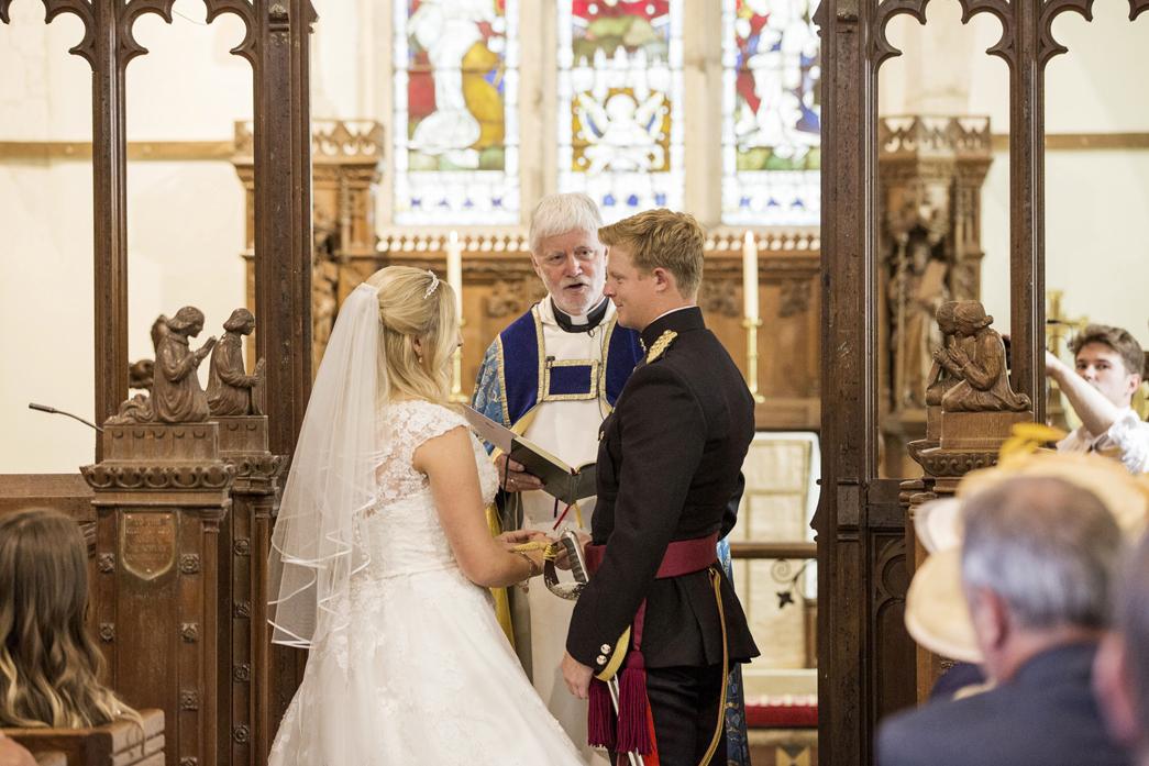 Bradbourne-House-wedding-photographer-charlotte-king-photography (20)
