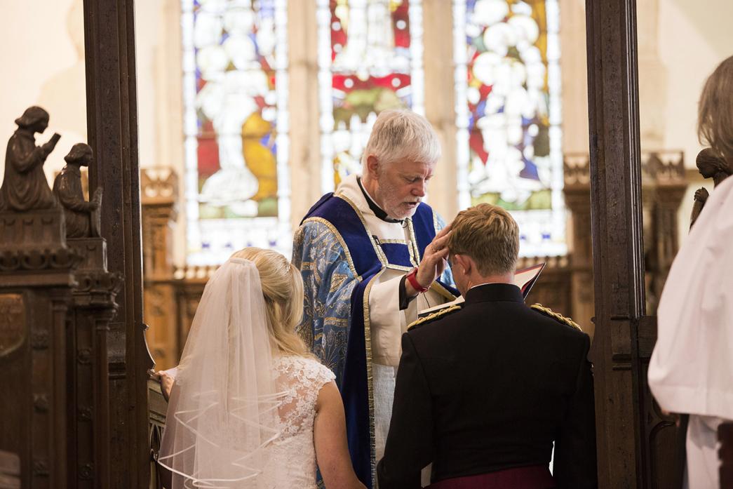 Bradbourne-House-wedding-photographer-charlotte-king-photography (23)