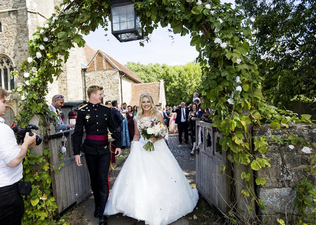 Bradbourne-House-wedding-photographer-charlotte-king-photography (39)