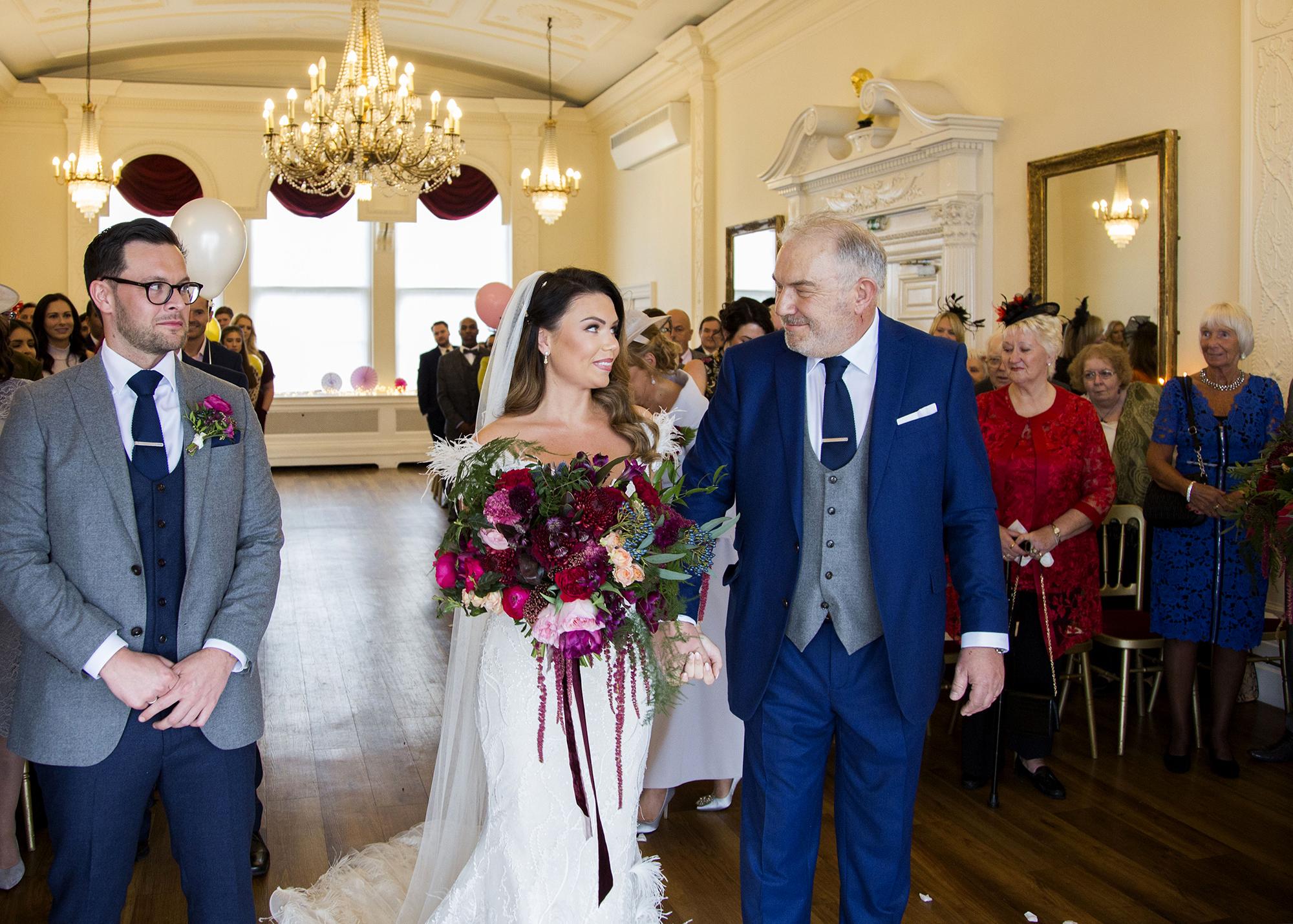 Trafalgar-Tavern-Greenwich-Wedding-Charlott-King-Photography (100)