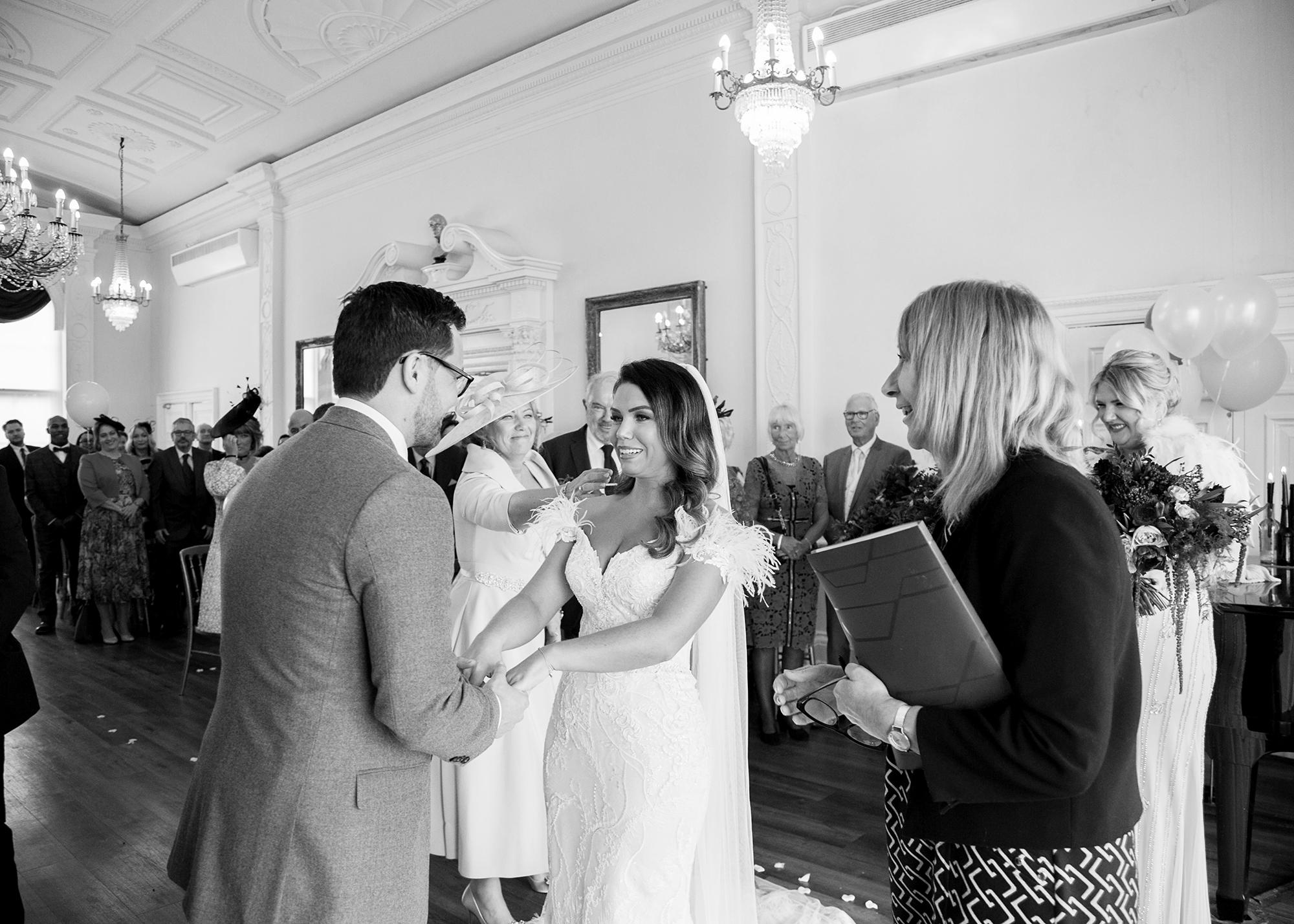 Trafalgar-Tavern-Greenwich-Wedding-Charlott-King-Photography (102)