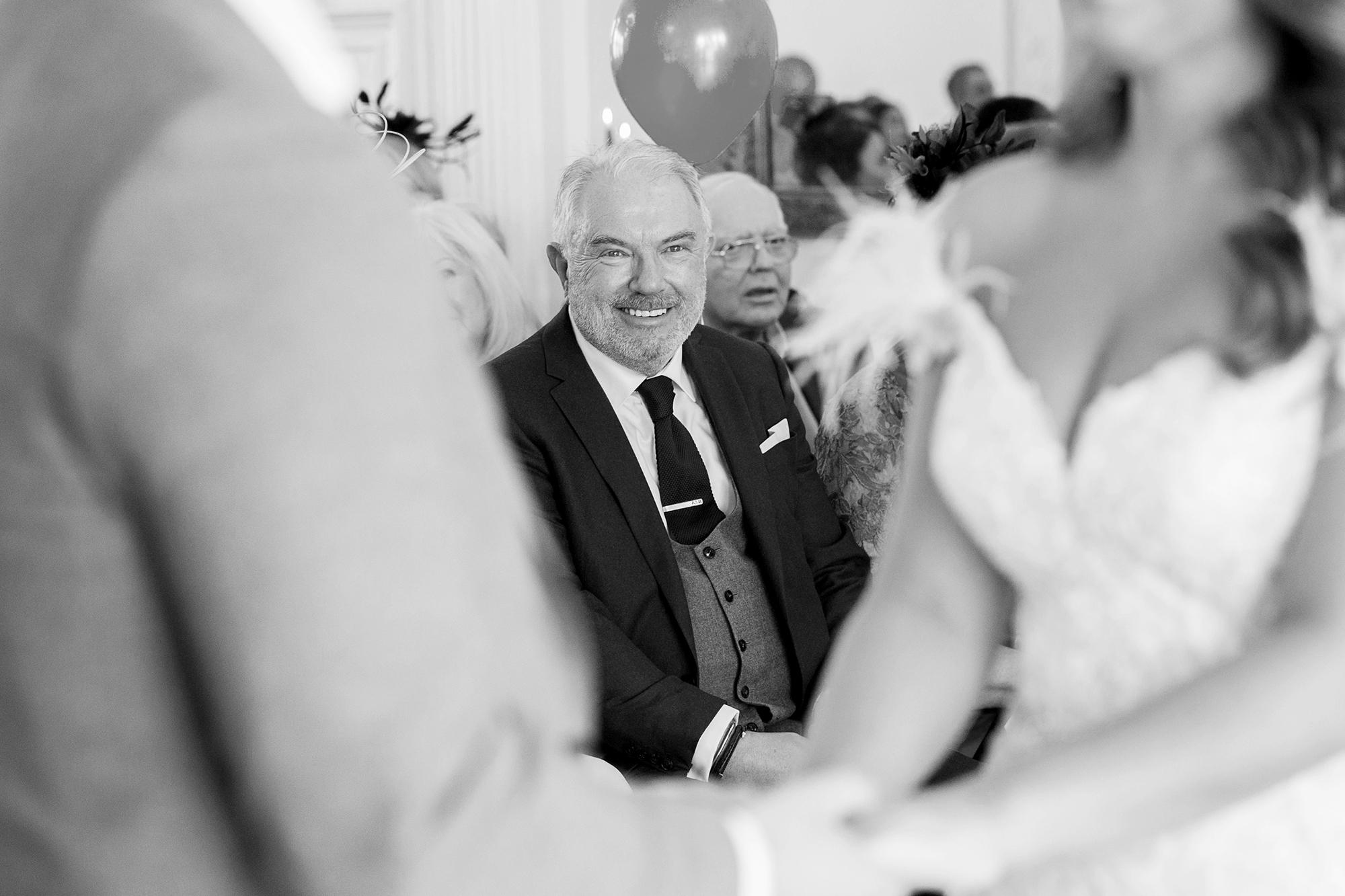 Trafalgar-Tavern-Greenwich-Wedding-Charlott-King-Photography (106)