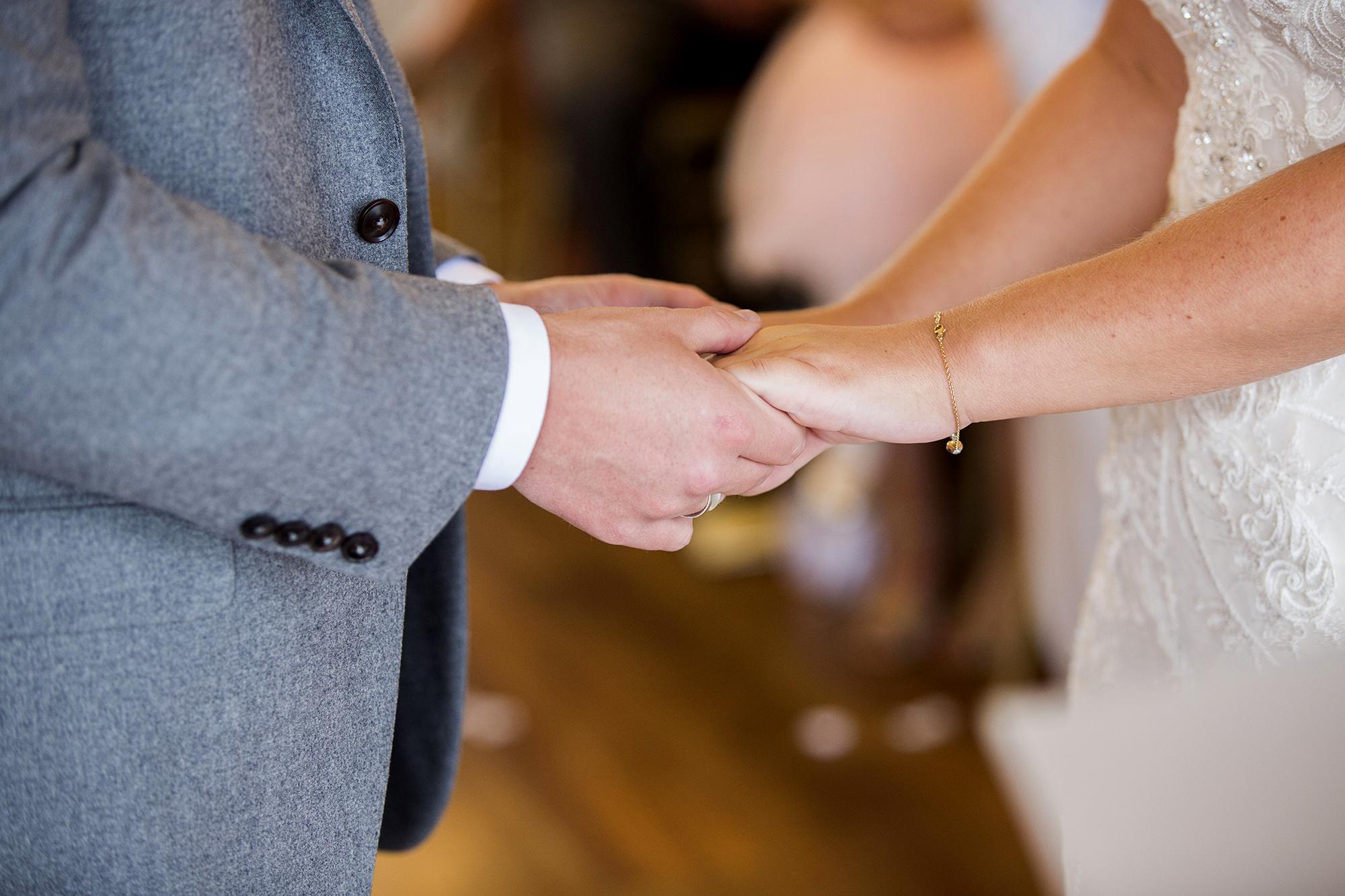Trafalgar-Tavern-Greenwich-Wedding-Charlott-King-Photography (111)