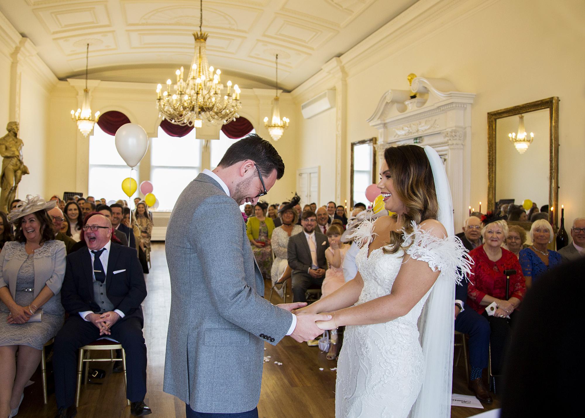 Trafalgar-Tavern-Greenwich-Wedding-Charlott-King-Photography (114)