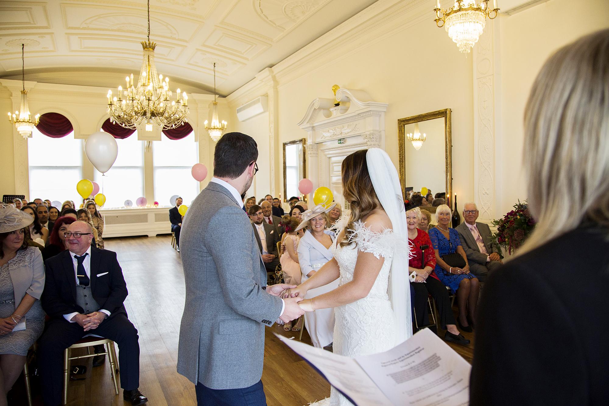 Trafalgar-Tavern-Greenwich-Wedding-Charlott-King-Photography (115)