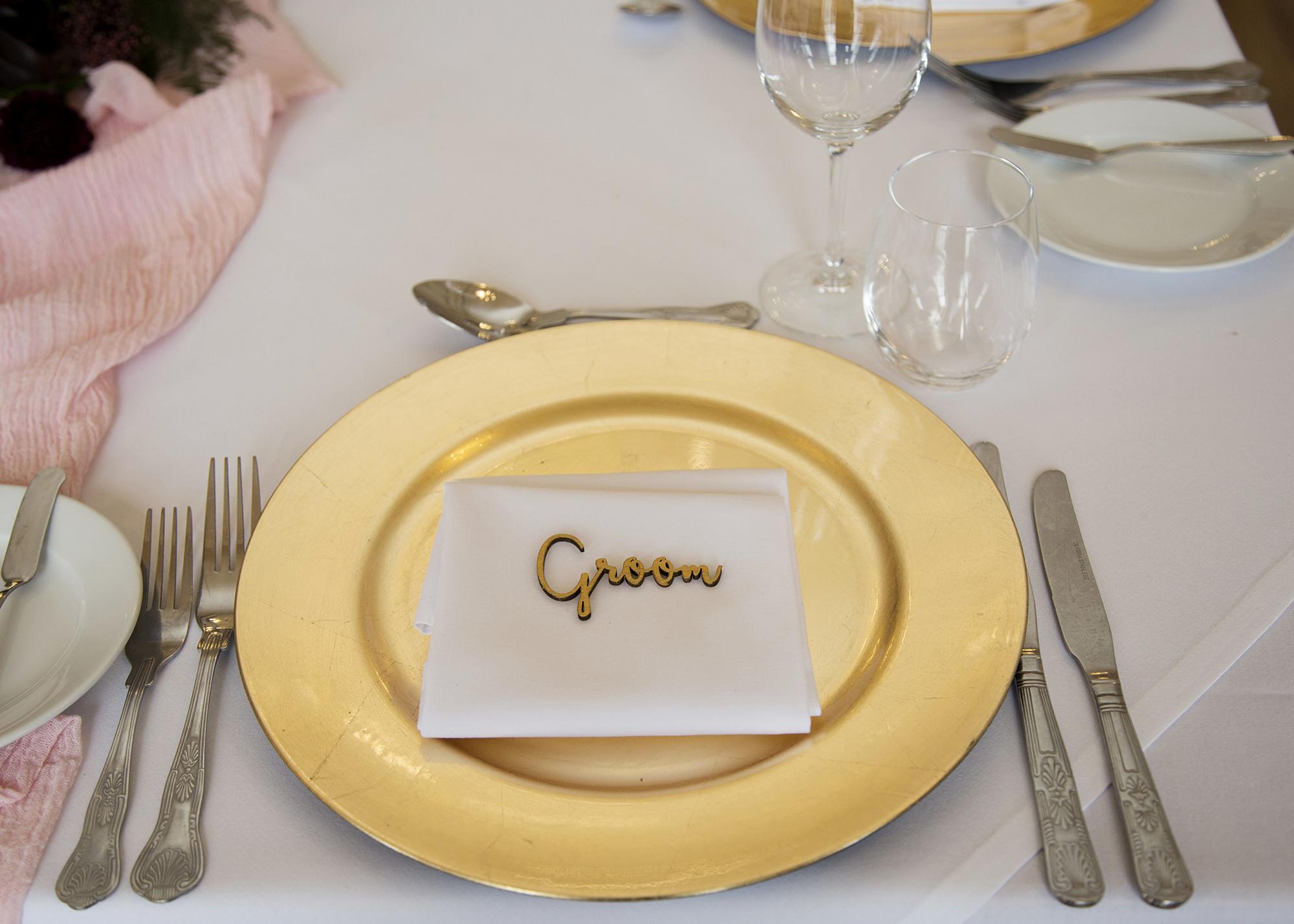 Trafalgar-Tavern-Greenwich-Wedding-Charlott-King-Photography (178)