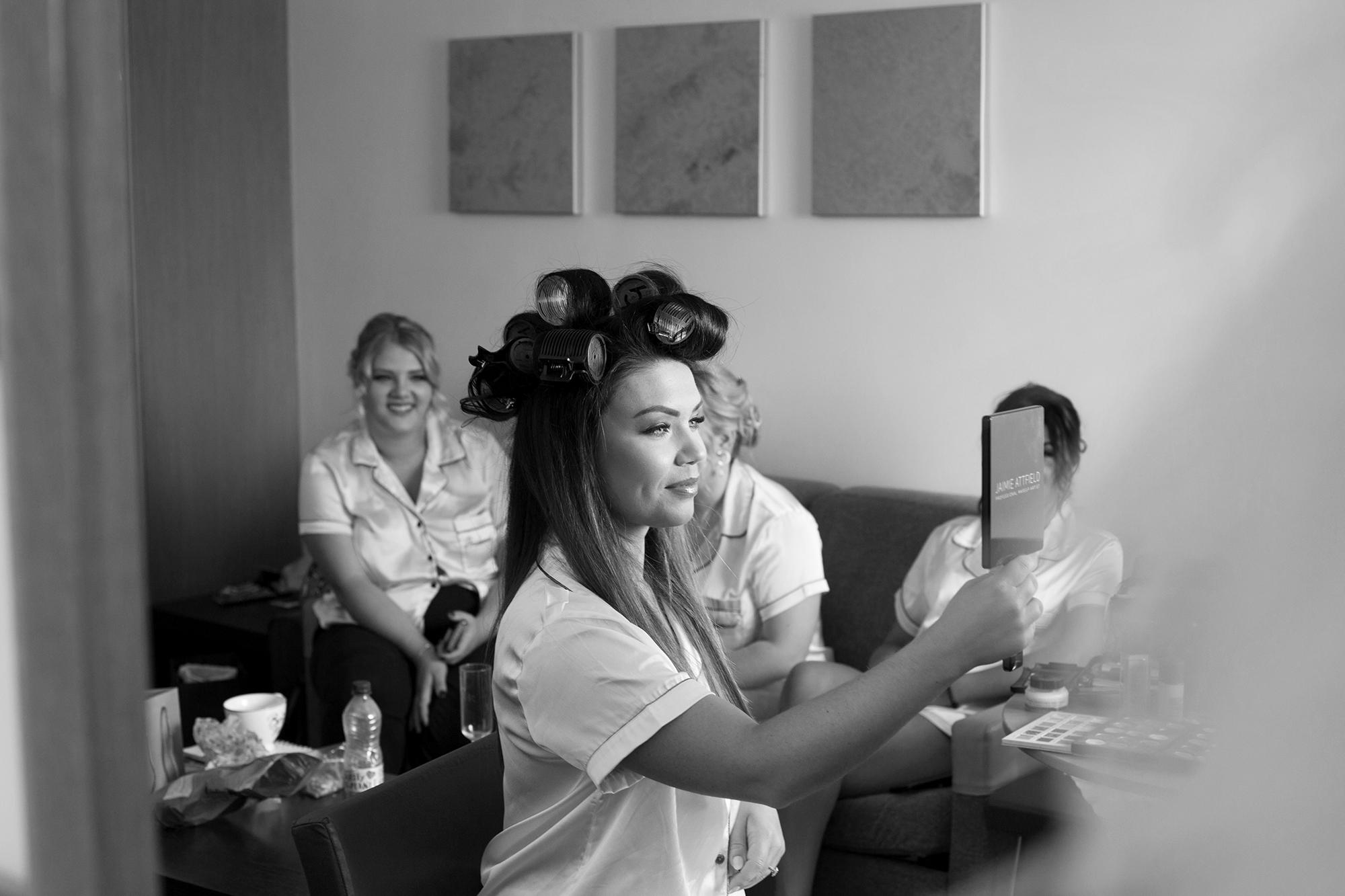 Trafalgar-Tavern-Greenwich-Wedding-Charlott-King-Photography (23)