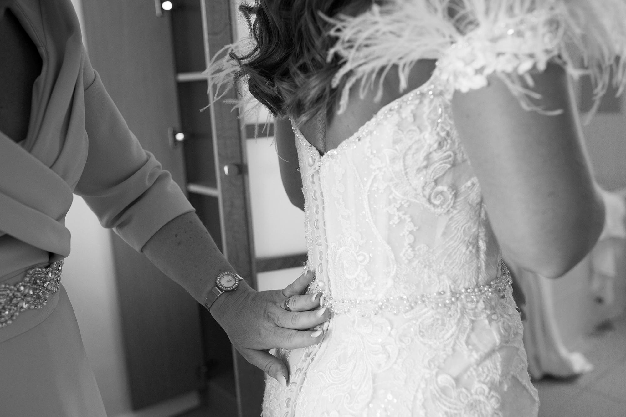 Trafalgar-Tavern-Greenwich-Wedding-Charlott-King-Photography (46)
