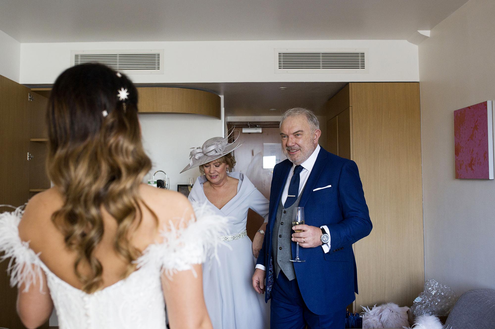 Trafalgar-Tavern-Greenwich-Wedding-Charlott-King-Photography (56)