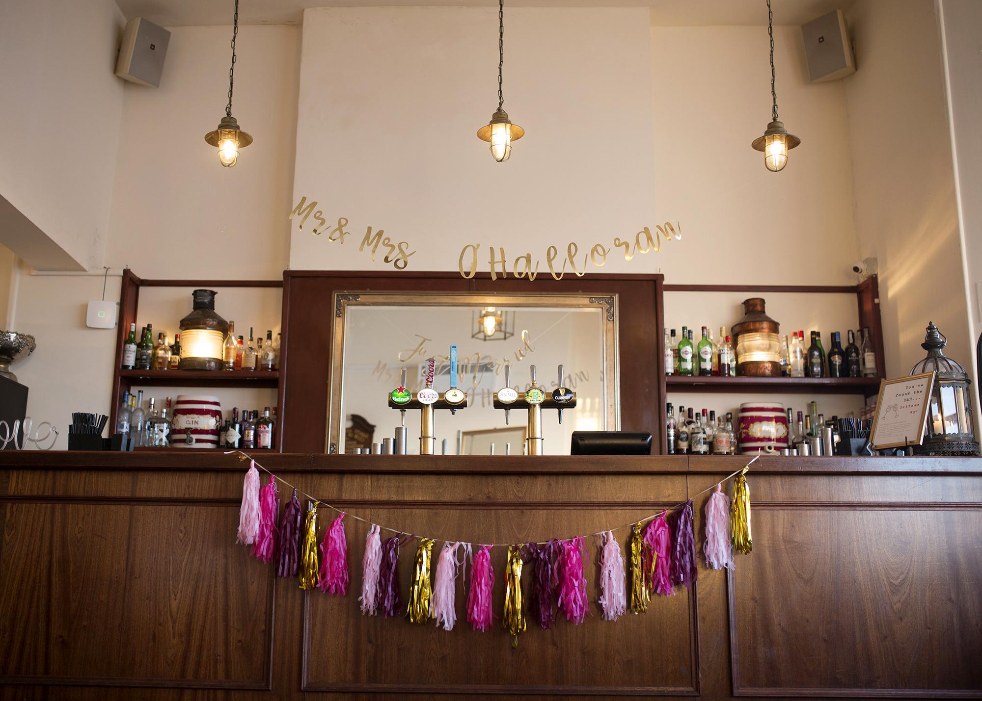 Trafalgar-Tavern-Greenwich-Wedding-Charlott-King-Photography (68)
