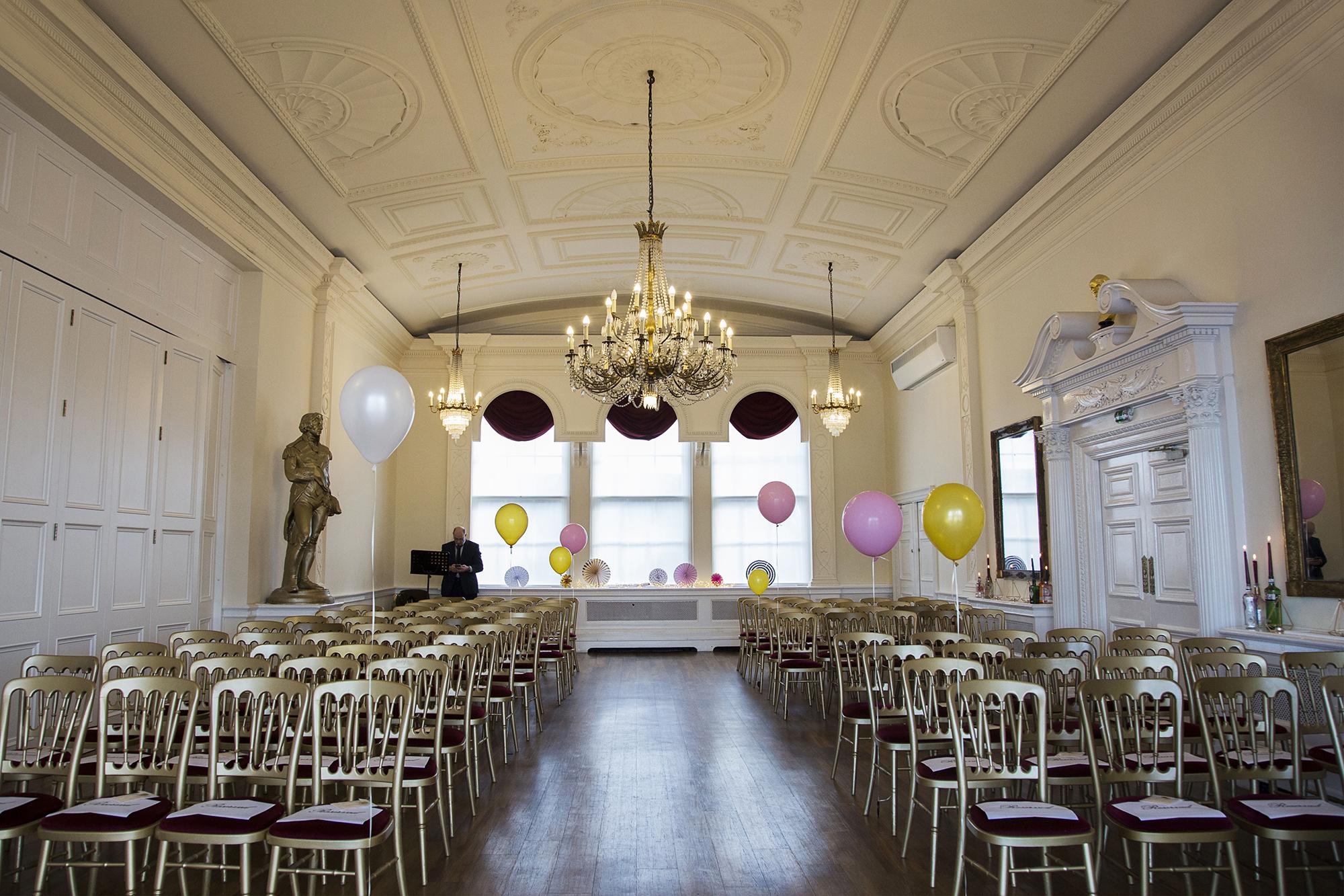 Trafalgar-Tavern-Greenwich-Wedding-Charlott-King-Photography (72)