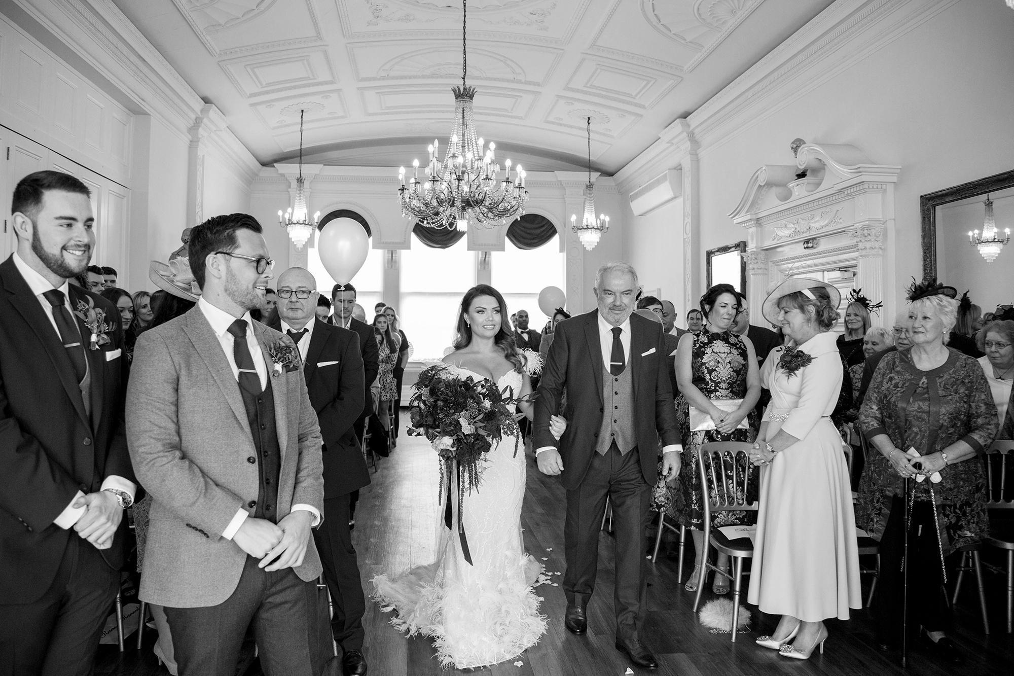 Trafalgar-Tavern-Greenwich-Wedding-Charlott-King-Photography (96)